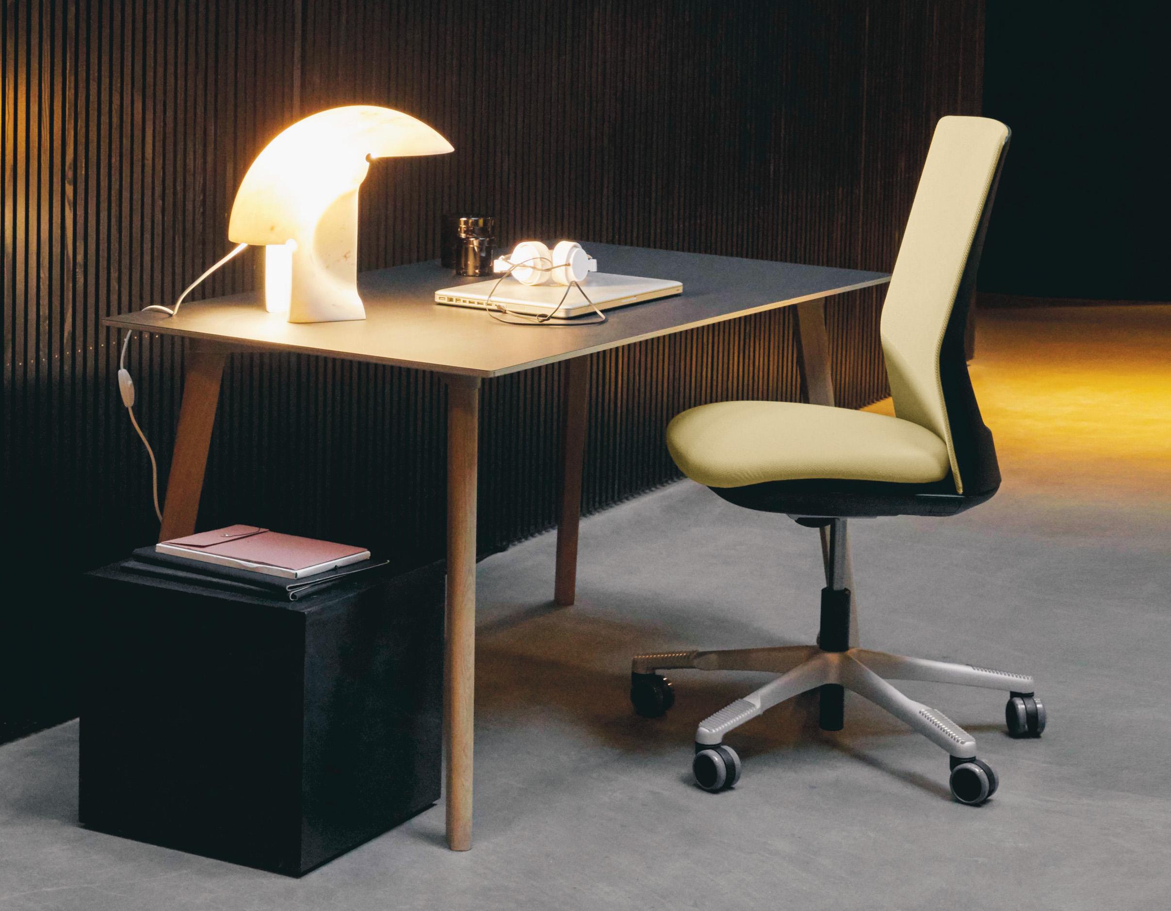 HAG-Futu-ergonomischebureaustoel-1200-2