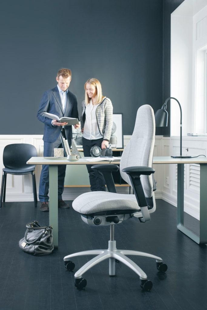 RH-Mereo-220-ergonomische-bureaustoel (12)
