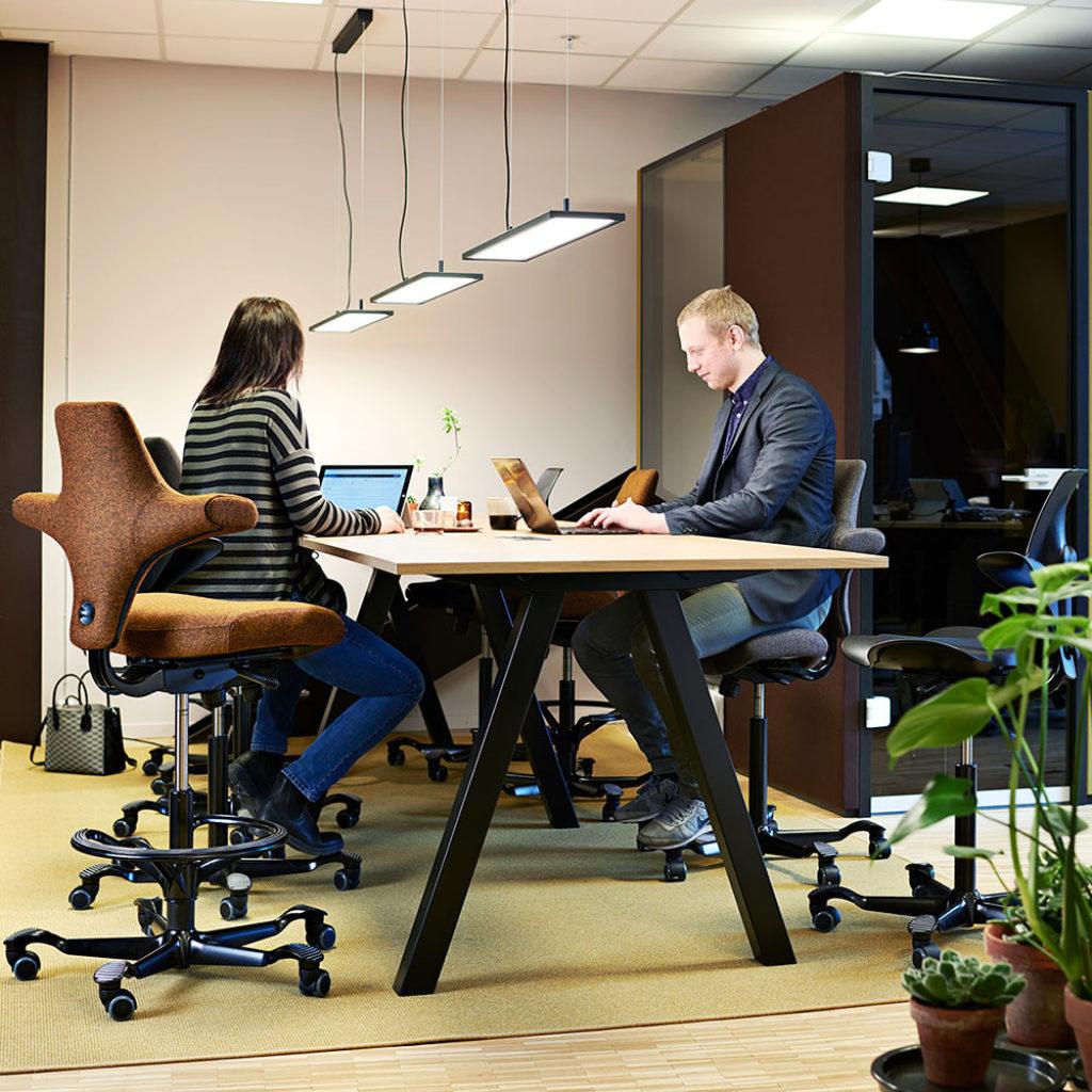 spaceplanning-werken-op-kantoor-kantoorinrichting-loff-maatkantoren (59)