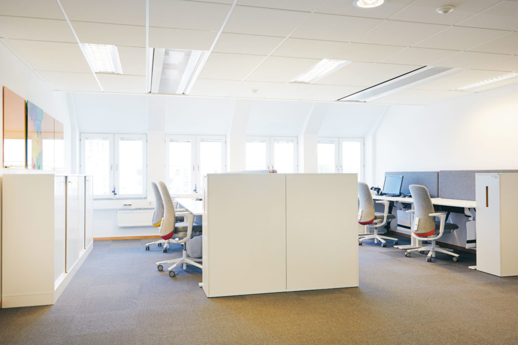 kantoorinrichting-werken-in-teams-spaceplanning-loff (5)