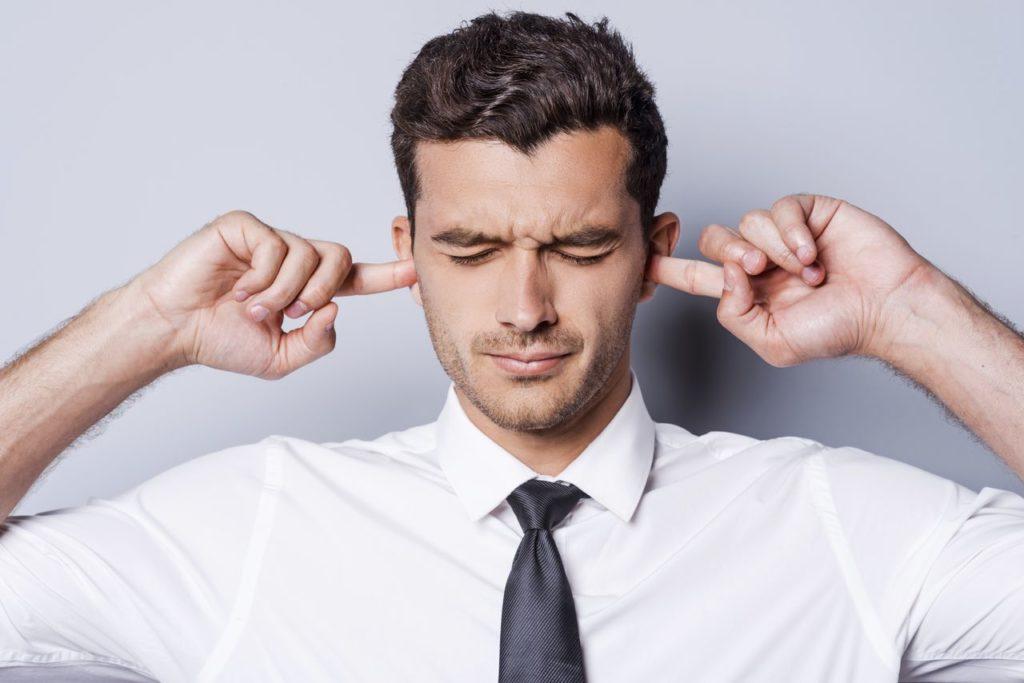 We kunnen onze ogen sluiten maar onze oren niet - blog loff maatkantoren