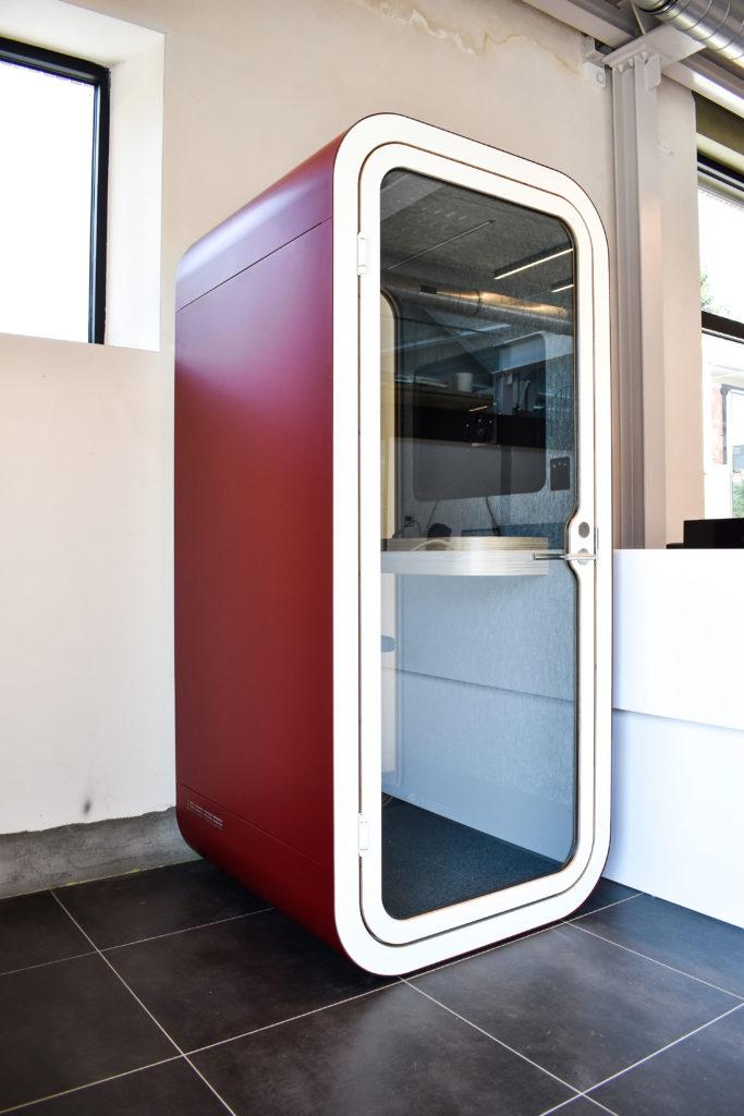 Meetingpod-Phonebooth-Akoestische-Pod-Hub-Referentie-Auditas-Loffmaatkantoren-LR (14)