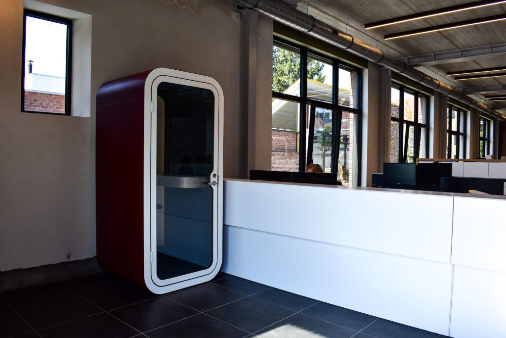 Meetingpod-Phonebooth-Akoestische-Pod-Hub-Referentie-Auditas-Loffmaatkantoren-LR (15)