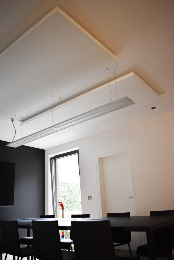 Embo-architecten-Referentie-Loff-maatkantoren-Akoestiek-op-kantoor-akoestische-plafondpanelen (12)