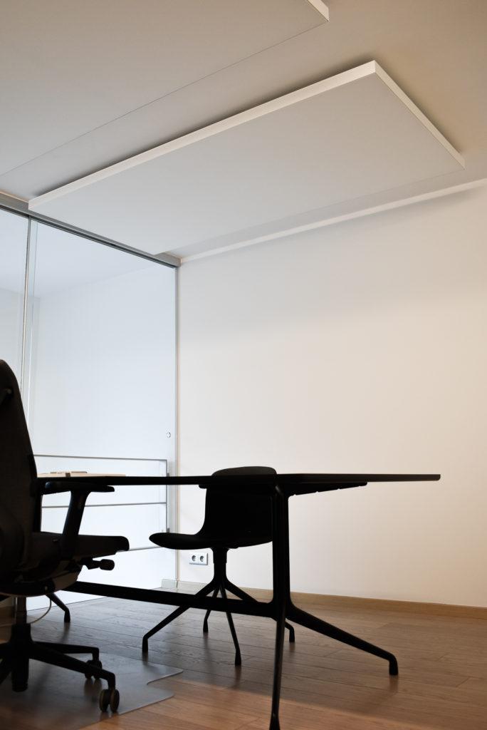 Embo-architecten-Referentie-Loff-maatkantoren-Akoestiek-op-kantoor-akoestische-plafondpanelen (13)