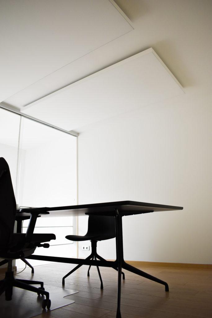 Embo-architecten-Referentie-Loff-maatkantoren-Akoestiek-op-kantoor-akoestische-plafondpanelen (18)