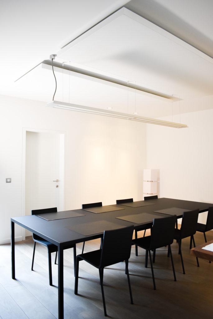 Embo-architecten-Referentie-Loff-maatkantoren-Akoestiek-op-kantoor-akoestische-plafondpanelen (2)