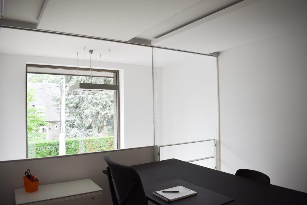 Embo-architecten-Referentie-Loff-maatkantoren-Akoestiek-op-kantoor-akoestische-plafondpanelen (20)