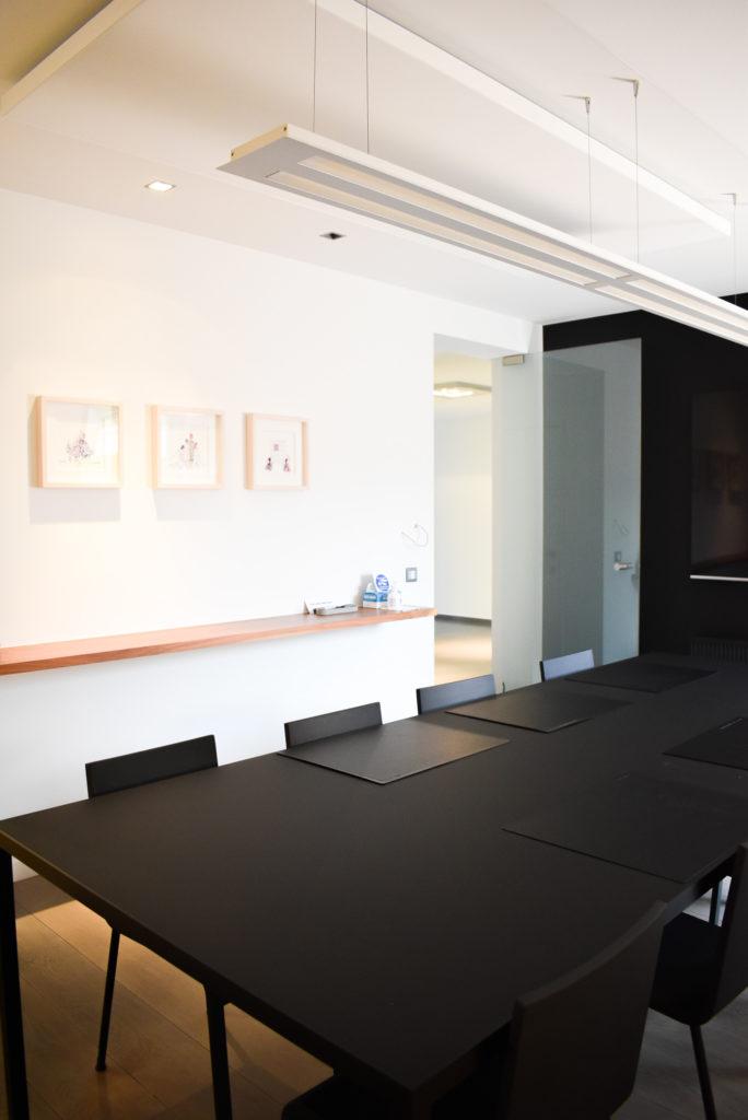 Embo-architecten-Referentie-Loff-maatkantoren-Akoestiek-op-kantoor-akoestische-plafondpanelen (4)