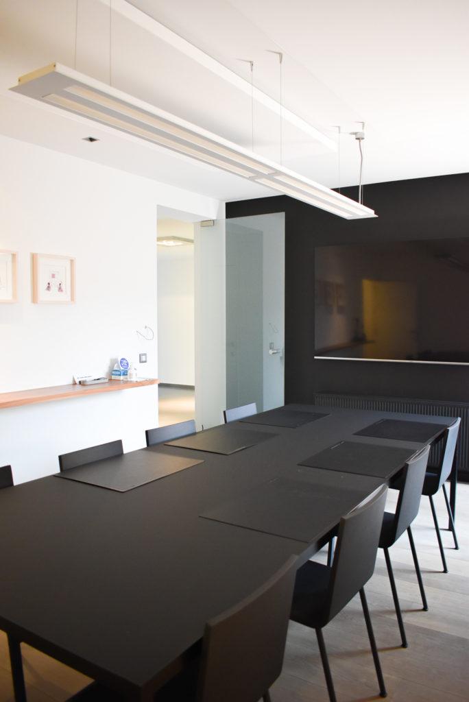 Embo-architecten-Referentie-Loff-maatkantoren-Akoestiek-op-kantoor-akoestische-plafondpanelen (5)