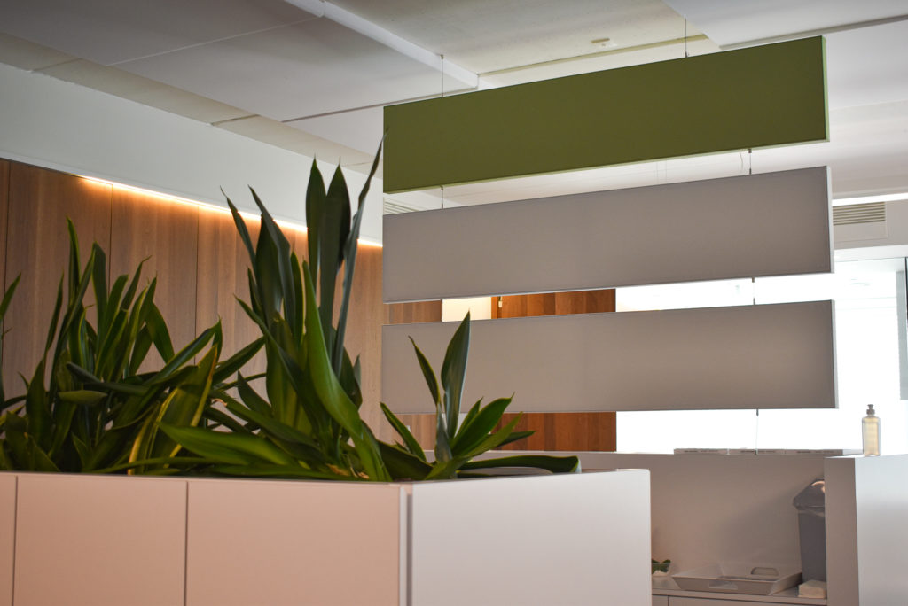 Persona-Accountants-Referentie-Loff-Akoestiek-op-kantoor (12)