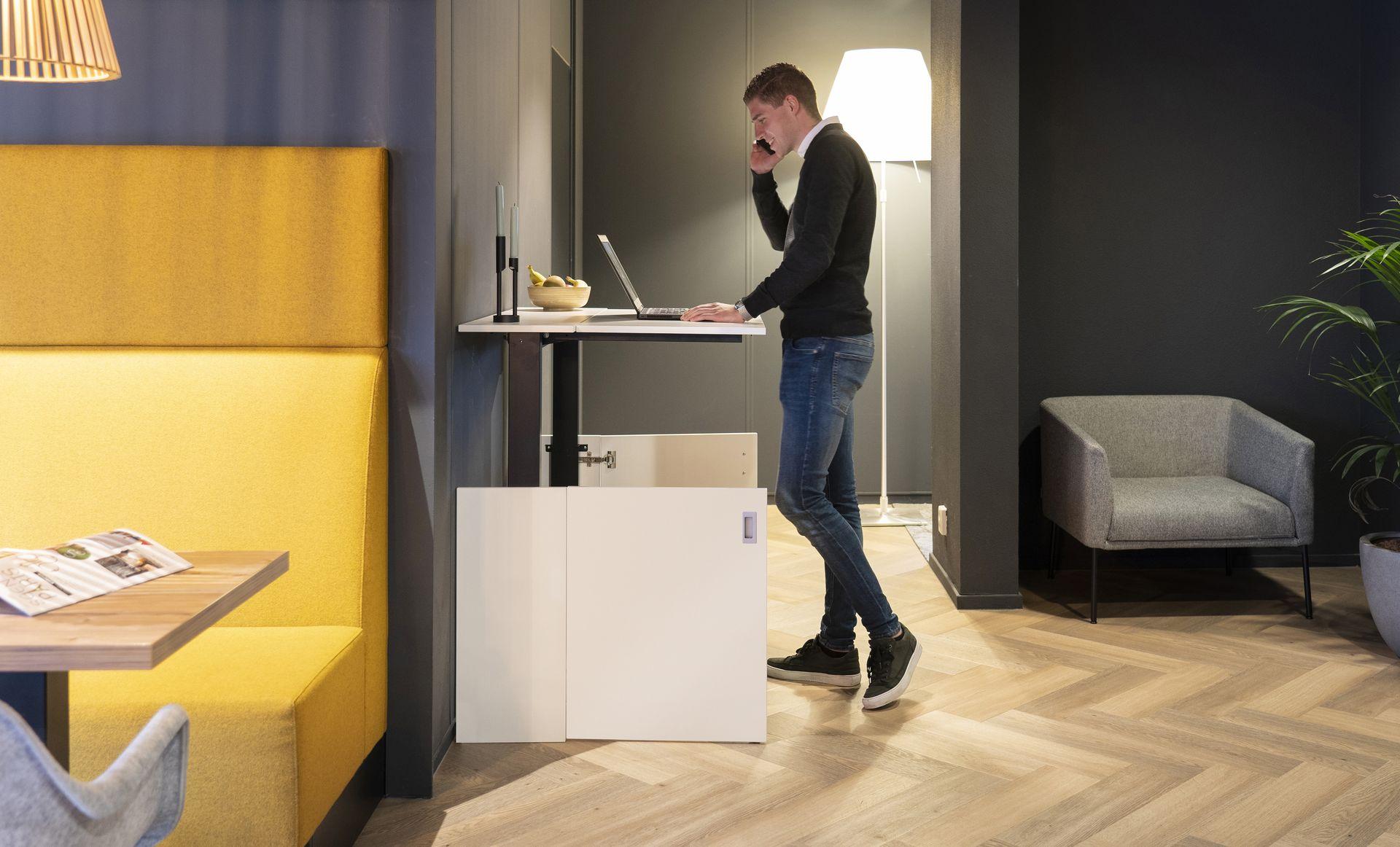 Home-Fit-Zitstawerkplek-Thuiskantoor-Zit-staand-werken-HomeOffice-Loff