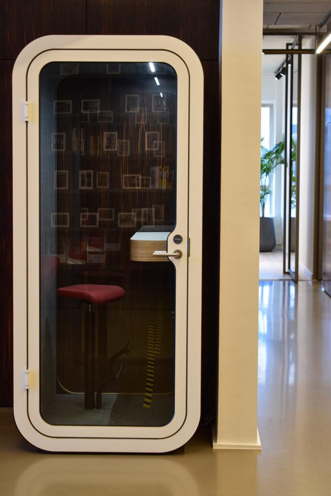 Referentie-Solvint-Akoestische-Phonebooths-Framery-O-Loff-Maatkantoren-Waregem (7)